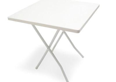Mesa Plástica Cuadrada de 75 x 75 cms con Patas de Caño Plegable